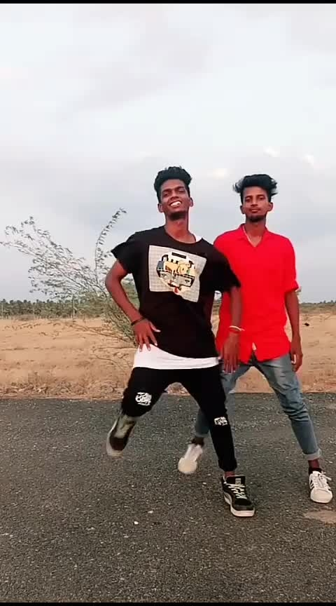 may matham 😍😍😍⚡hot song forever........ #hot-hot-hot #hotlook #roposo-dancers #supportme #happness #my ❤ #lovemovement #chillscenes #cooling #climate #style-owes-smile #desi-dance