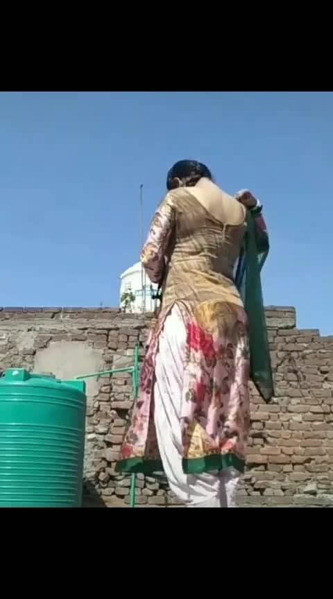 #punjaban #patiyala-suit #song #roposo-trending