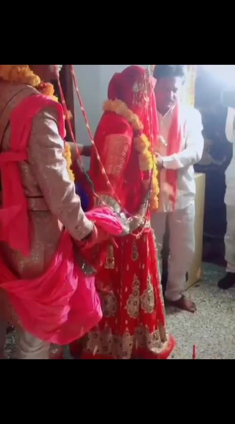 wow nice couple😍😍😘😘hey bhagwaan meri b krva de ab 🤞👌🚩🙏 #indian_wedding_inspiration #rajputwedding #the rajwadi #rajasthanilook #roposostarchannel #roposo-wow #rajasthanelections #rajasthanibeats #roposo-beats