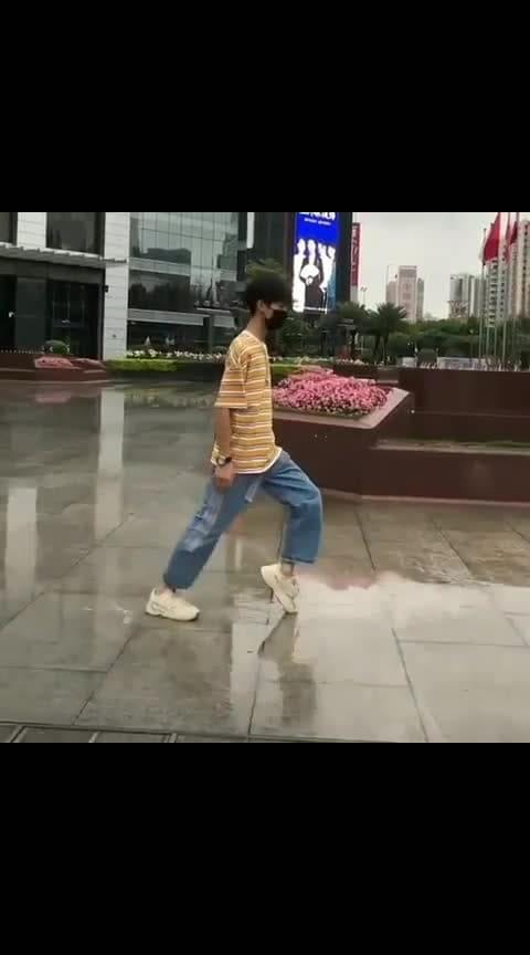 #moonwalk #chinese #rain #revere