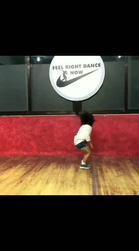small baby doing dance #cute #song #dance #smallgirl #girldance #babydance #dancesteps