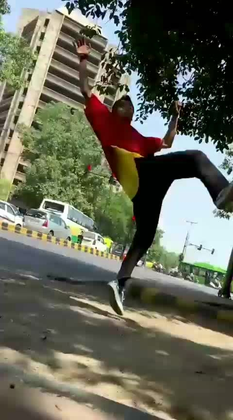 milengi milengi🙈 #viral #viralvideo #roposo #roposofam #roposodancer #risingstar #roposo-dancer