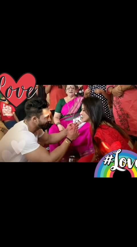 😍😍😍love  😘😍😍#love #loveing #love-is-only-love #ropso-love_at_first_my_video #love----love----lov #roposo-tv #tv_longexposure #ropso-romance