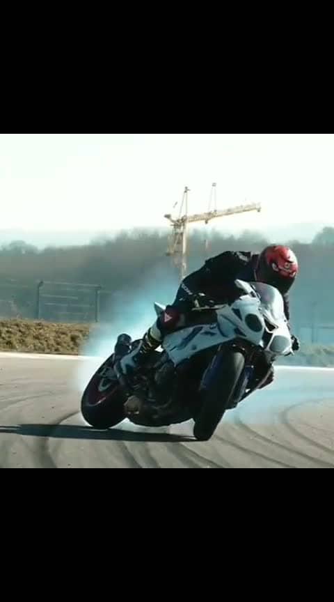 wtf bike stunts #wtfvideos #bike-stunt #wtfvideos #roponess #roposo-wow
