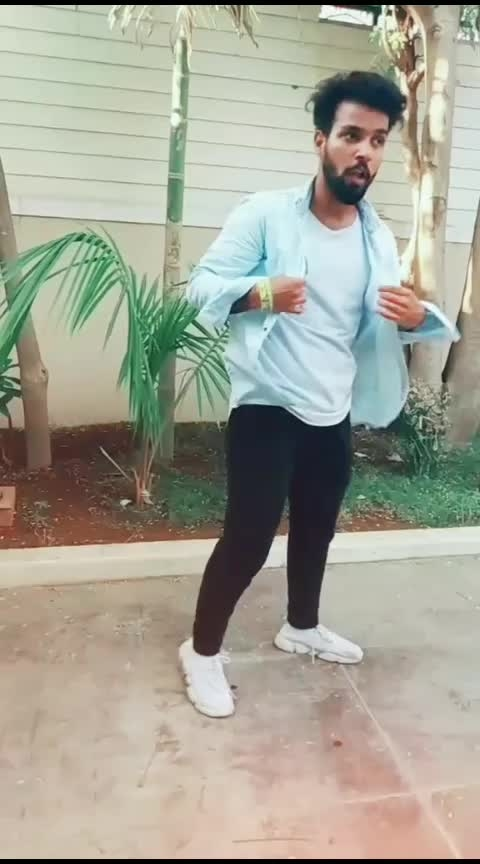 swag😎🔥#roposo-dance #roposo-beats #moves #roposo-wow #roposo-foryou #roposo-trending #roposo-star #roposo-tv #hiphop #roposo-contest