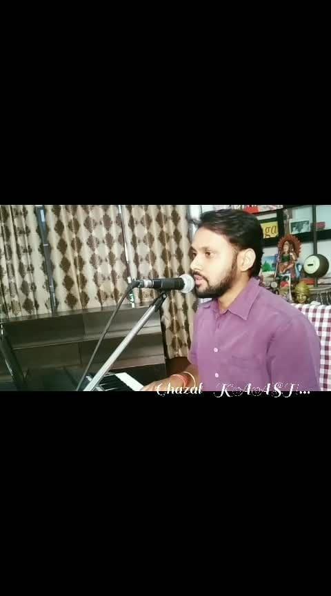 Tried this beautiful Ghazal- Kaash in unplugged style, originally sung by Hari Haran ji. #ghazal #hariharan #unpluggedversion #kaash #musician #vocalist #newhere #pleasefollow
