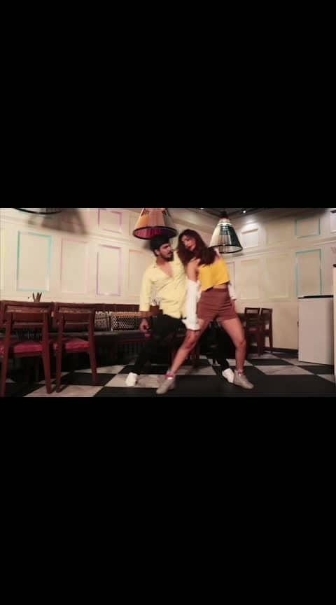 #roposo-dancer #killerlook 😎😎😎😎
