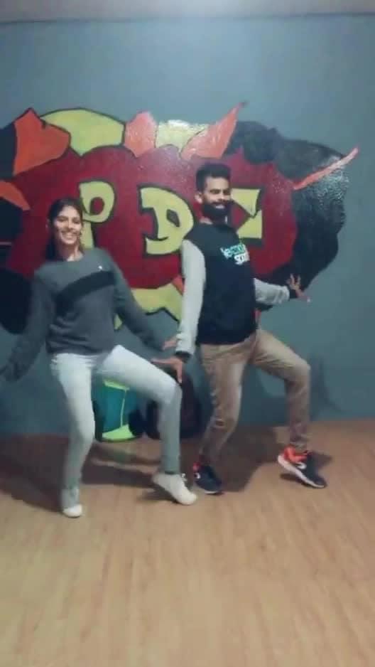 Bambarakannu 😍❤️💃 #ilayathalapathyvijay #thirumalai #roposo-dance #roposo-dancer #roposo-tamil #roposo-style #roposolove #tamilsong #manibhai #cbe #coimbatore