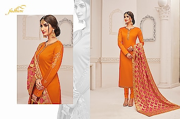 Add This Lovely Suits To Your Wardrobe With Banarasi Dupatta ♥  Price:- 1999/- For Similar Visit 👉 https://bit.ly/2ILiWRZ For Order/Price What-app us (+91) 8097909000 * * * * #salwar #salwarsuits #dress #dresses #longsuits #suitsonline #embroidered #onlinefloralsuit #floral #fashion #style #palazzosuits #shararastylesuits #classy #designer #partywear #partywearsuits #exclusive