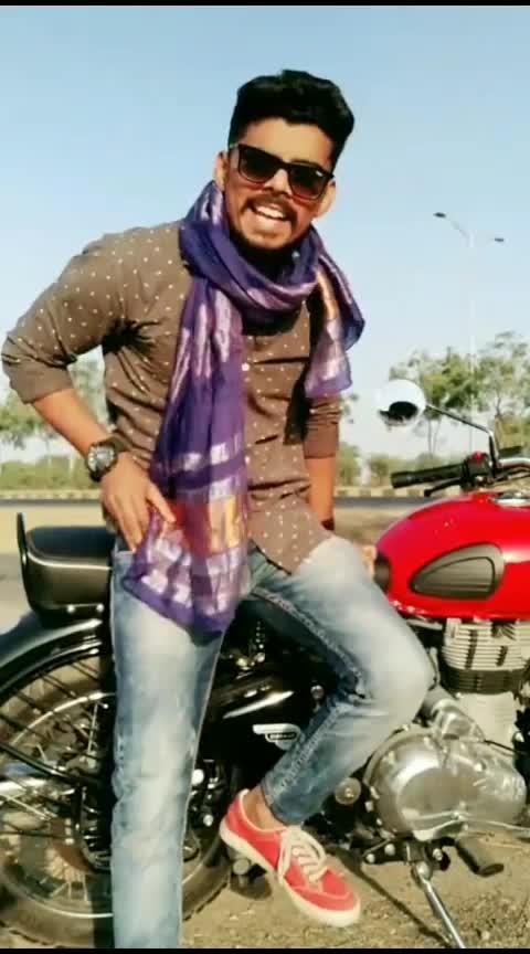 #gujjukesang   #gujjukigang   #gujjudialogue #gujjusong   #gujaratisong   #comedy   #roposostar   #bitcoin   #roposo   #gujjucomedy   #gujjuboy   #gujju   #foryou   #roposoforyou  #actor   #haha-tv  #beats  #filmistan  #roposotv  #roposo-trending