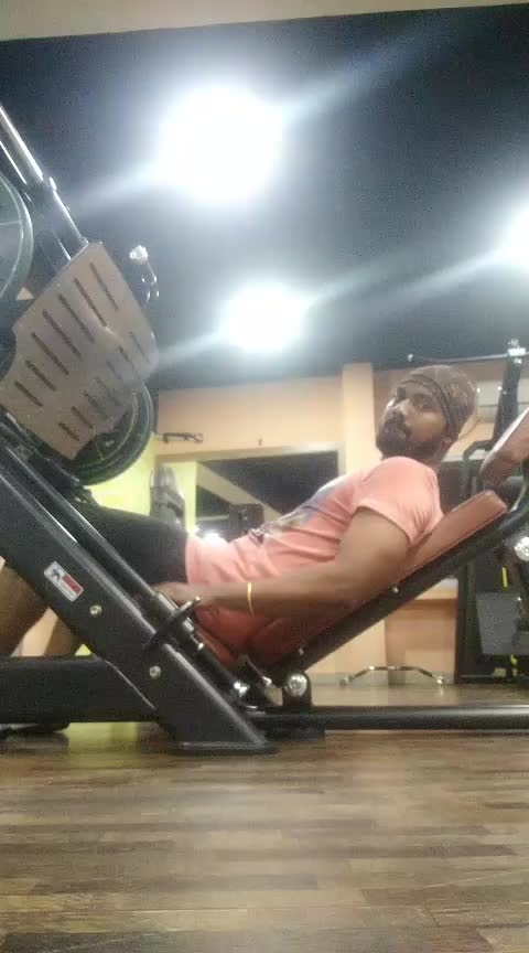 Legs lower body Workout vertical leg press 14 reps 4 sets #jp_fitness_trainer #jsfitnesszone #onlinecoach #instagram #facebookpage #roposostar #risingstar #roposofitness #roposofitness #roposomodel #roposousers