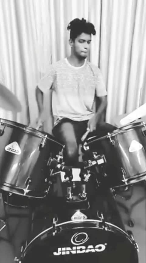 #jazz #rolls #roposo-beats #roposo-on-music #roposo-music #drumming #roposo_musice #tonedbody