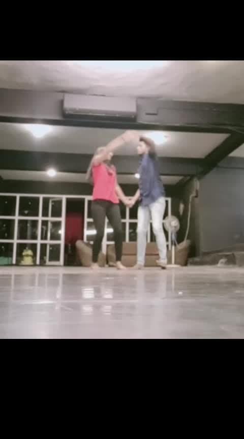 Aya na tu choreography#duetdancing #roposo-lov #rops-style #rops-star #roposodancer #followme