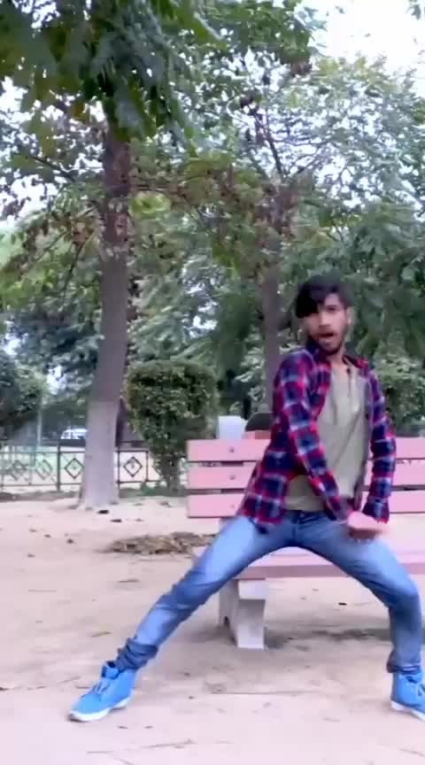 #roposoness #roposoers #roposostar #roposostars #roposobeats #roposoed #dance #roposo-dancer #kamariya #bollywooddancer
