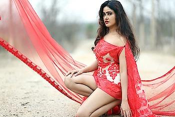 Sony Charishta latest Portfolio Photos #sonycharishta #southindianactress #tollywood #fashion #style #shortdress #red #reddress  https://southindianactress.photos/telugu-actress/sony-charishta/sony-charishta-portfolio-photos/