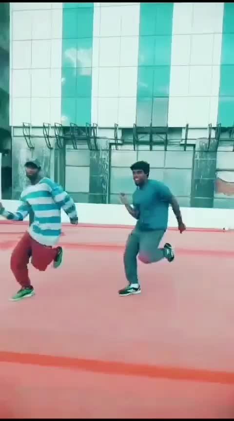 #hiphop #neemuthamondru #vijay #asin #pokkiri #roposo-dance #john #parthu