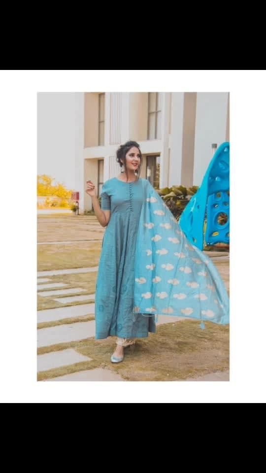 देसी लुक ! Outfit:- @afamado_style 🦋🧕🏻 ⠀⠀⠀⠀⠀⠀⠀⠀⠀⠀⠀⠀⠀⠀⠀⠀⠀⠀⠀⠀⠀⠀⠀⠀⠀⠀⠀⠀⠀ ⠀⠀⠀⠀⠀⠀⠀⠀⠀⠀⠀⠀⠀⠀⠀⠀⠀⠀⠀⠀⠀⠀⠀⠀⠀⠀⠀⠀⠀⠀⠀⠀⠀ ⠀⠀⠀⠀⠀ ⠀⠀⠀⠀⠀⠀⠀⠀⠀⠀⠀⠀⠀⠀⠀⠀⠀⠀⠀⠀⠀⠀⠀⠀⠀⠀⠀⠀⠀⠀⠀⠀⠀ ⠀⠀⠀⠀⠀⠀⠀⠀⠀⠀⠀⠀⠀⠀⠀⠀⠀⠀⠀⠀⠀⠀⠀⠀⠀⠀⠀⠀⠀⠀⠀⠀⠀⠀ ⠀⠀⠀⠀⠀ ⠀⠀⠀⠀⠀⠀⠀⠀⠀⠀⠀⠀⠀⠀⠀⠀⠀⠀⠀⠀⠀⠀⠀⠀⠀ @neildhayatkarphotography  @sadaf_makeup_artist_  #salwarsuit #salwar #afamadostyle #makeup #hair #golden #glam #bun #salwarsuit #salwaarkameez #dress #outfitgreydress #dupatta #golden #bluedupatta #indian #mahhimakottary #makeup #hair