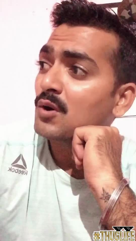 Motiyan vargi tee🤪🤣😈 #punjabiway #gabru #swagmeradesihai #lookgoodfeelgood #hahatv #lolwa #comedy #funny #mood #filmistaan #roposostars #risingstar @roposocontests @roposotalks 🤘🏻👍🏻 #thuglife