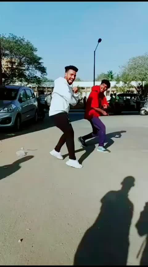 haare haare🤣#roposo-dance #roposo-beats #roposo-wow #roposo-star #roposo-trending #roposo-foryou #roposo-contest #roposo-dancers