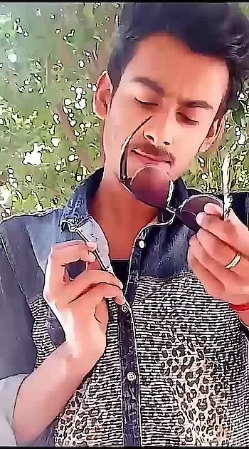 Bhang peeke aaye hai 😝😝  #videoshoot #ropo-video  #video   #roposo-style #roposo #singh #lucknow #lucknowblogger #followformore #follwoforfollow #roposo #new-style #funnyvideos #funnyvines #funnyquotes #funny #roposo-style #use #hastag #amritesh #challenge #goodevening  #roposostar @roposocontests #acting