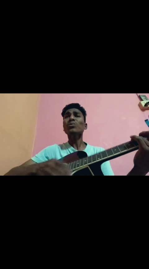 Tu mila to haina  😍😍🎸🎸😍😍 #tumilatohaina #arijitsingh #love #lovesong #repost #armanmalik #guitar #song #bollywood #bollywoodsong #ajaydevgn #dedepyaarde #movie #duet #romantic #romanticsong #music #treding #like #roposo #talentswag #beats #hahatv #risingstar