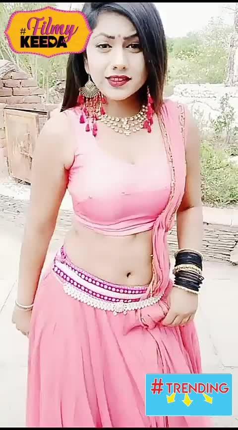 dhoop me dance ? #bhojpuri_hot_dance #beatschannel #bhojpuri_hit #roposo-music #bhojpurihot #musicchannel #wowchannel #roposo-trending #desi-patakha #sexy-bhabhi #trendying #bhojpuridance #hotnessoverloaded #sexydance #trendeing