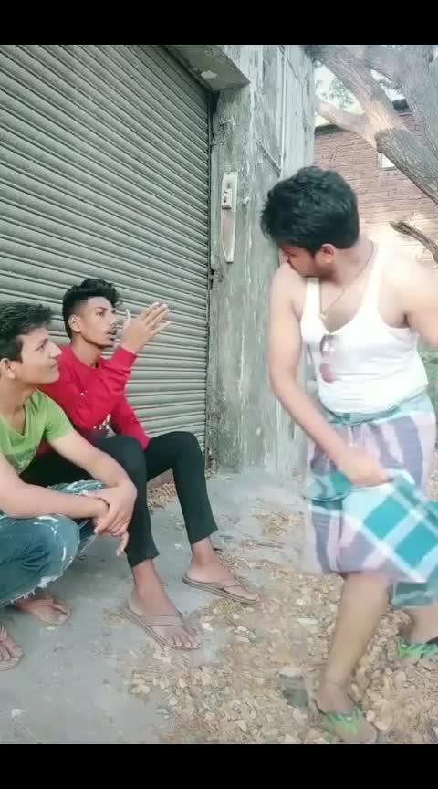humko to apno ne Mara gairo mein kaha tha mere ko Nasha nahi mila 10 ka note kam tha