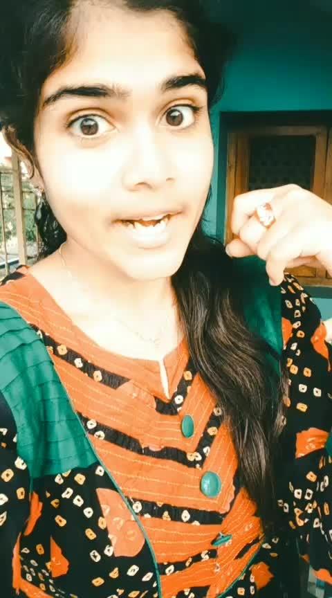 Andam tho pandam vesta .. 😎 #charmi #mantra #maha #telugu #featureme #featurethisvideo #dramebaaz #roposostar #roposo
