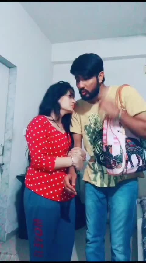 Ashwin ne pan khabar pade...Sala ne.... 😂😂😅🤣 #siddharthranderia #pandya_couple #gujju_the_great #gujjucomedy #gujjucomedyking #gujraticomedy #india-gujrat #gujaratis #gujju #gujjus #gujjuness #gujjukisena #gujjukigang #gujjubhai #gujju_rokes_ #gujjusong #gujjujokes #gujjuchu #roposoness #roposoers #roposocontestart #roposorisingstar #roposorisingstars #roposofeed #funny #roposofunny #gujarati-joke #bhavnagar #jodhpur #marwadi #kathiyawadi #rajkot #morbi #pakkogujarati #pakkogujrati #amdavadi #amdavadi #jamnagar #surat #palanpur #modi #pm-modi #roposoindia #roposoinfluencer #bhaibandh #couplegoals #couplelove #husbandandwife #hubby #wifey #love