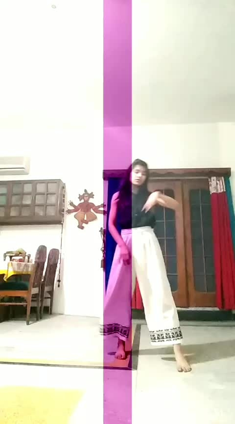 #pal #roposo-dance #roposo-dancers #freestyledance #enotional #roposo-bollywood