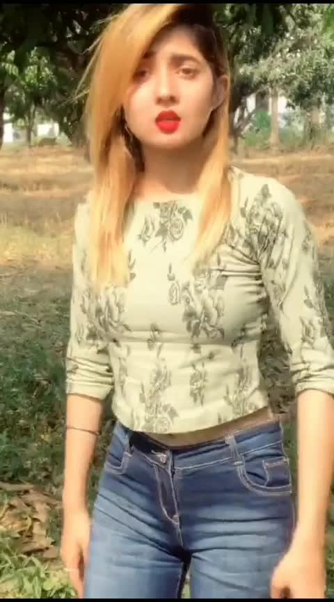 #roposo #like #sharechat #instagram #fashionblogger #smile #indianfashionblogger #fun #styleblogger #delhi #facebook #lovequotes #whatsapp #likeapp #instecu #inpix #sun #picsart #fotocollager #happy #micset #family #amazing #photooftheday #piccollage #layout #tulsichoudhary #momentcam #tulsic #bhfyp