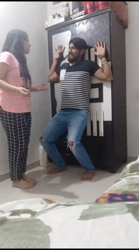 Andar maro Maal che...!!! 😂😂🤣 Game to like ane follow karo. #siddharthranderia #pandya_couple #gujju_the_great #gujjucomedy #gujjucomedyking #gujraticomedy #india-gujrat #gujaratis #gujju #gujjus #gujjuness #gujjukisena #gujjukigang #gujjubhai #gujju_rokes_ #gujjusong #gujjujokes #gujjuchu #roposoness #roposoers #roposocontestart #roposorisingstar #roposorisingstars #roposofeed #funny #roposofunny #gujarati-joke #bhavnagar #jodhpur #marwadi #kathiyawadi #rajkot #morbi #pakkogujarati #pakkogujrati #amdavadi #amdavadi #jamnagar #surat #palanpur #modi #pm-modi #roposoindia #roposoinfluencer #bhaibandh #couplegoals #couplelove #husbandandwife #hubby #wifey #love