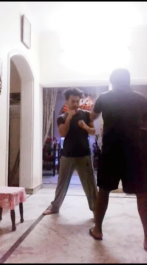 Only for Jab, DEFENSE (SLIP&COUNTER) #selfdefence  #mma #boxing #fitness #gym #body #roposo #contest #lookgoodfeelgoodchannel #gabru_channel