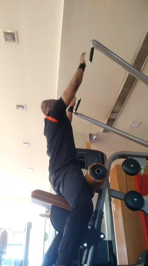Back Workout No 4. Lat pull down 14,12,10 total 3 sets #jpfitnesstrainer#js #jsfitnesszoneyoutubechannel #jp #roposo #risingstar #risingstars #risingstaronroposo #rising_star_on_roposo #risingstarschannel #kinjaldave #kings #touchdown #back #workout #workoutmotivation