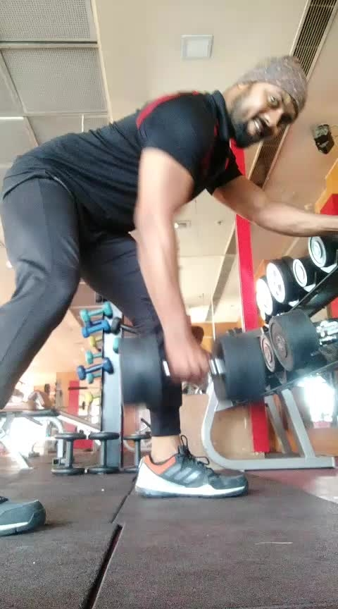 Back Workout No 5 one arm Dambul rowing 10, 10,10,total 3sets #jp #jpfitnesstrainer#js #jsfitnesszoneyoutubechannel #roposo #king #rippeddenim #body #trainer #trainers #fitness #martialarts #risingstars #back