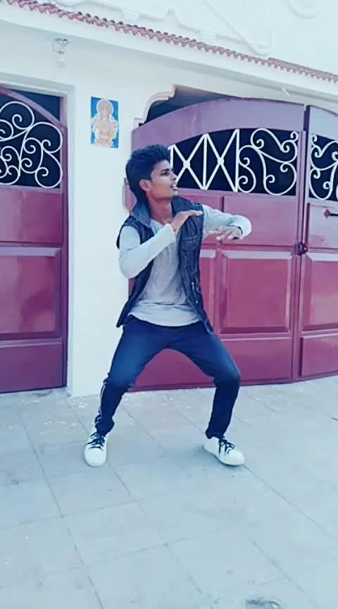 oru kuchi kulfi #roposo  #ropso-romance #-----roposo #damcing #desi-dance  #roposo-dance  #dancemove  #coimbatorediaries #coimbatorepaiya