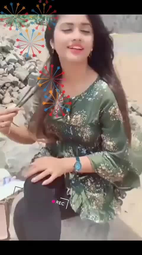 #ladki-kamal-re-ki-akhiyo-se-goli-mare