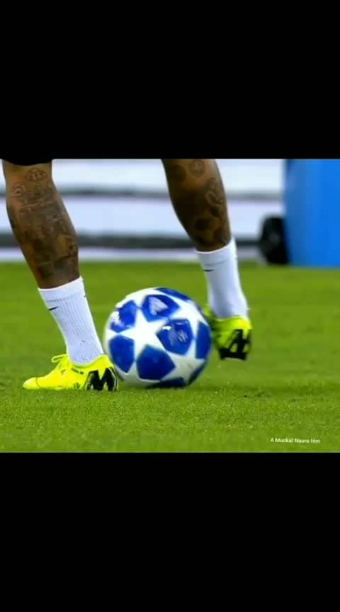 #footballplayer #footballlovers