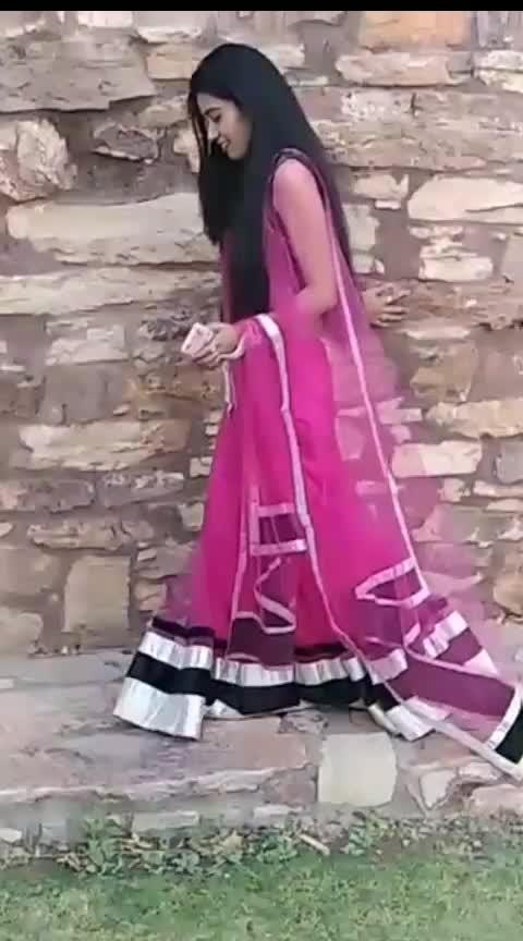 #lehenga-in-los-angels #mumbaigirls #mumbaibeautyblogger #mumbai_diaries #haryana-punjab #delhibloggergirl #delhibeautyblogger #roposoness #star #priyankayogi #roposo-star #risingstar #risingstaronroposo #rising_star_on_roposo #risingstarschannel #rajasthandairies #rajasthan #chittorgarh
