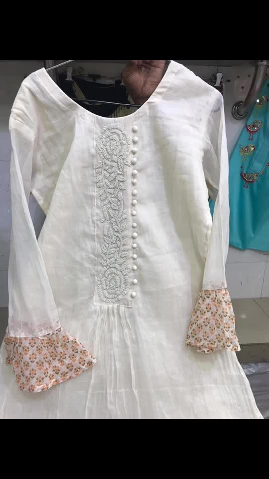 Rate:2250/-  Loan cotton long dress with size up to 44🌸semi stitch long dress with print ghara & sleves 🌸lenght 57 🌸cream in cotton