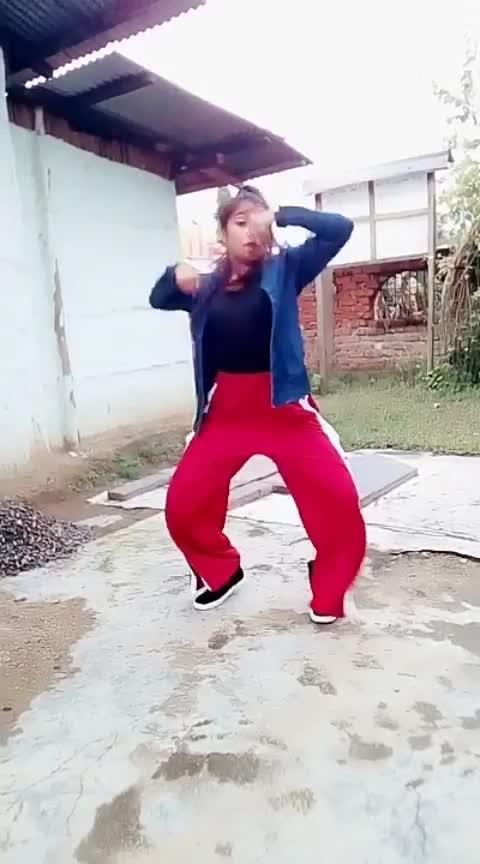 #mahive #trendeing #roposostar #hiphopdancer #hiphopdance #assamgirl #indiandancer #worlddanceday #internationaldanceday #staroftheweek #staroftheday #beats #foryou #yourfeed #sexygirl #gift #wow #dancingtalent #bollywood #kesari Roposo Roposo @roposocontests Krishna Manisha
