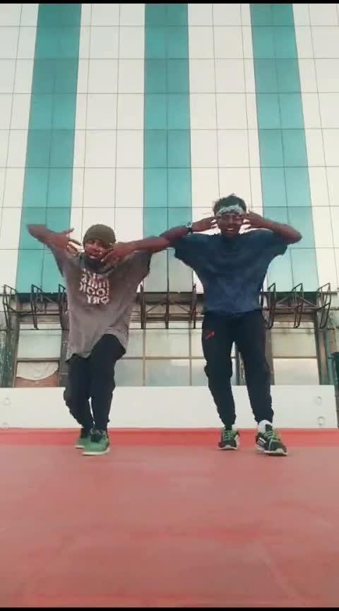 #ayyo  #pakkatha  #mrlocal #sivakarthikeyan #nayanthara #roposo-dance #danceing #dancetallent #risingstar #roposostar #parthu #pdc #john #cbe