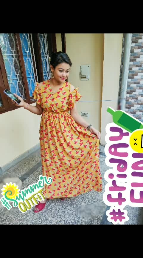 #moodoftheday #randompose #summeroutfitideas #holidaylook #outfitdiaries #ootdfashion #lifestylebloggerindia #unlimitedfun #goodforsummer