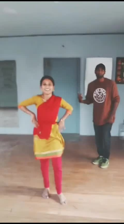 #onetwothree #sharukhkhan #chennaiexpress #roposostar #risingstar #dance #roposodance #roposo-hindi #parthupdc #mohanadancevsdance #parthu  #pdc #cbe