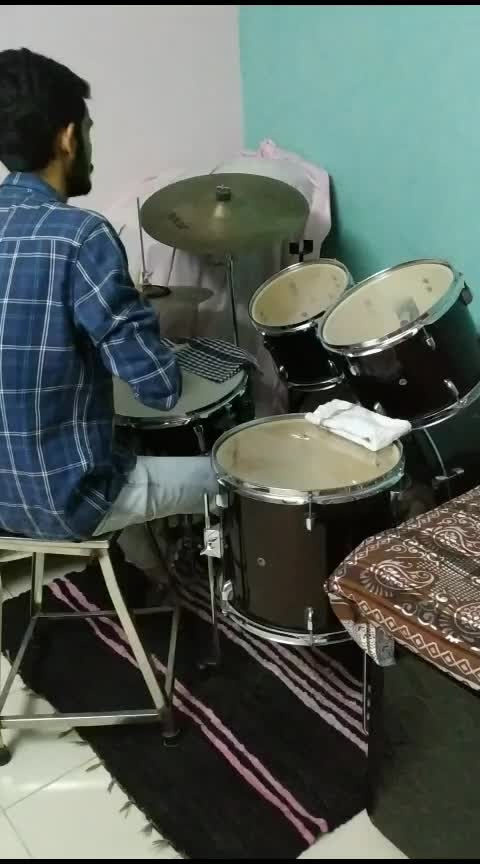 #drums #love #-----roposo #roposo-rising-star-roposo #solo #headphones