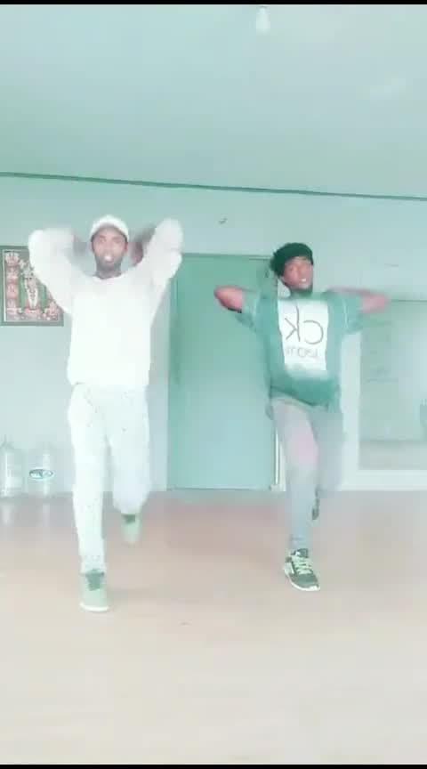 #kadhalsadugudu #alaipayuthey #madhavan #shalini #arrahman #roposo-dance #dance #roposo #roposo-dance #tamil #risingstar #roposostar #parthupdc #john #parthu #pdc #cbe