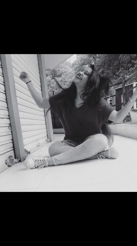 😄ᴵᵀ'ˢ ᴺᴼᵀ ᵀᴼᴼ ᴸᴬᵀᴱ ᵀᴼ ᴸᴱᴬᴿᴺ ᴴᴼᵂ ᵀᴼ ᴮᴱ ᴴᴬᴾᴾᵞ ᴬᴳᴬᴵᴺ🌷🌸 (⌒▽⌒) #candidphotography #behappyandsmile #worrylessandsmilemore #throwback #oldpicha #loveyourself #happydaysarehere #moveon😊🖤 #morningmotivation #feelfree  #sherni 👅 #hatersgonnahate💋 #selfloveisthebestlove #idontgiveafuck #fakeworld🎭 #betherealyou #postoftheday #smileitout#makethemjealous#betruetoyourself  #positivevibes #beingrealgetsyouhated #instadaily #Instagram #instapic #ropo-love #roposo #ropo-fashion #soroposogood  #instafam#tbt #likeforlikes #followforlikes