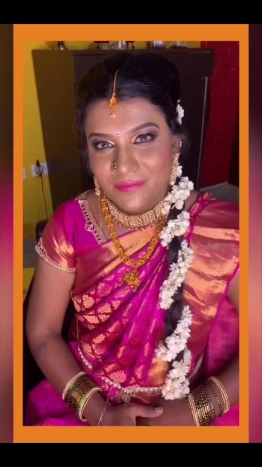 Pro makeup #roposofashionandmakeupdiaries #roposoeditorial #roposotimes #counselling #imagemanagement #makeup #softskillstrainer