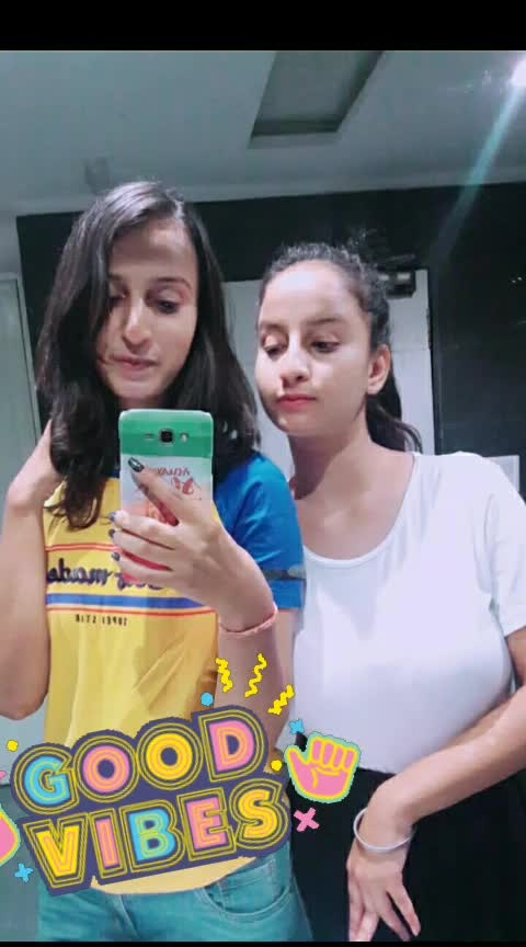 💟💟🌺  #roposo #roposoers #capturedchannel #captured #sistertime #sistalove #roposo-movie #movie #movietime #outfit #outfitofthedays #roposo-family #roposostory #roposostar #roposostars #roposostarchannel #trendingon #good-noon