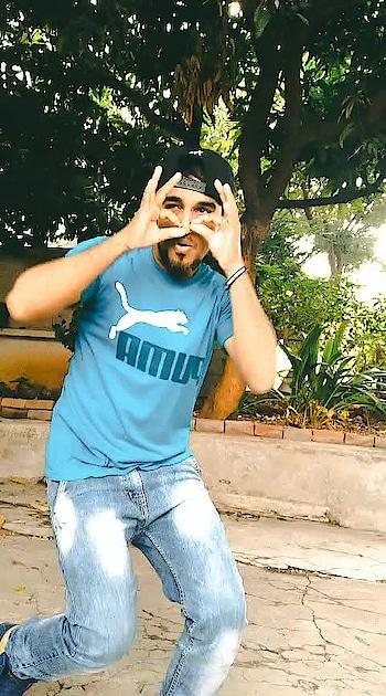 oh hooo ##macho #mersal #thalapthy-vijay #mersalmovie #vijay-mersal #atlee #kajalaggarwal #arrhaman #lovely_song_makes_u_to_love #roposo #roposoers #roposodancer #roposodaily #roposoraisingstar#nagsnagu